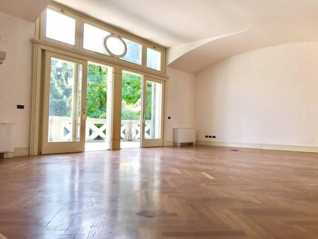 Villa-ampia-metratura-in-vendita-a-Zibido-San-Giacomo-Milano-3