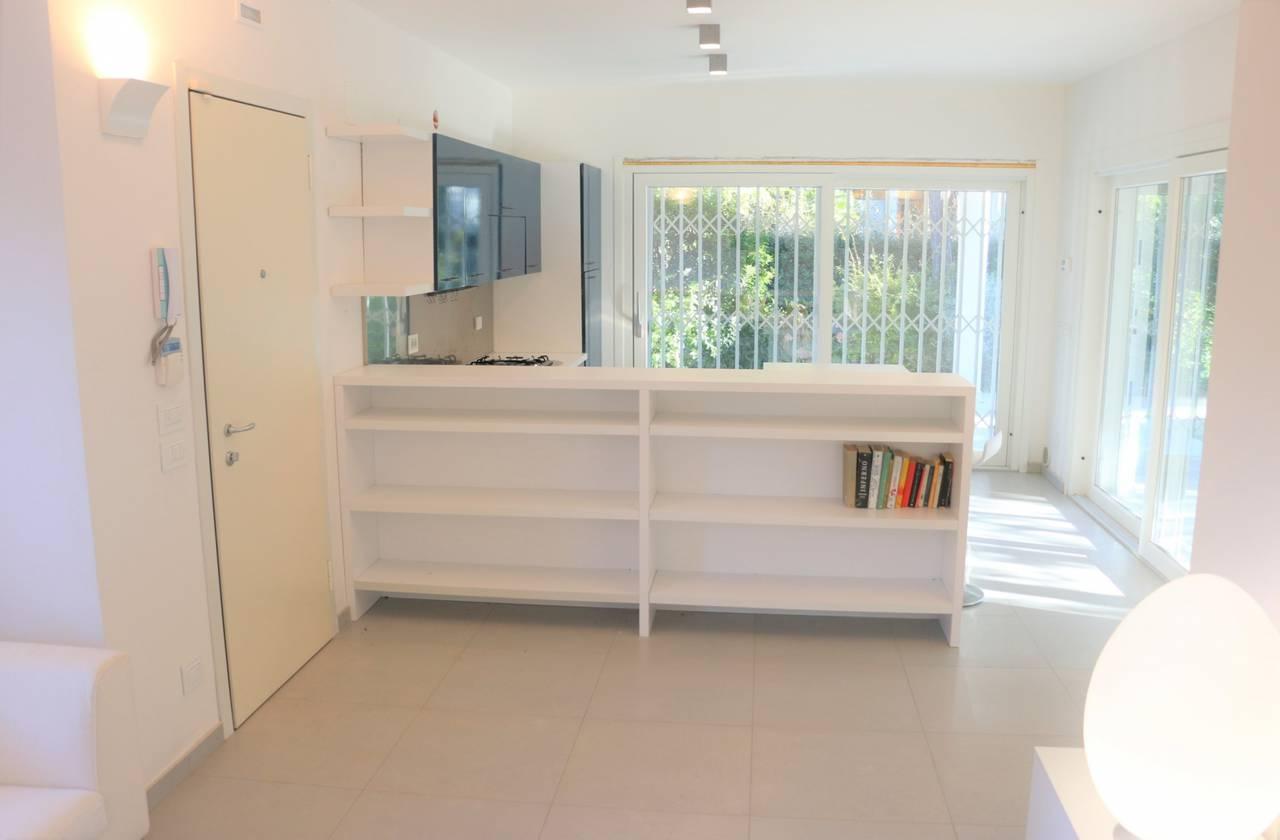 Villa-con-2-appartamenti-in-vendita-a-Bibione-15