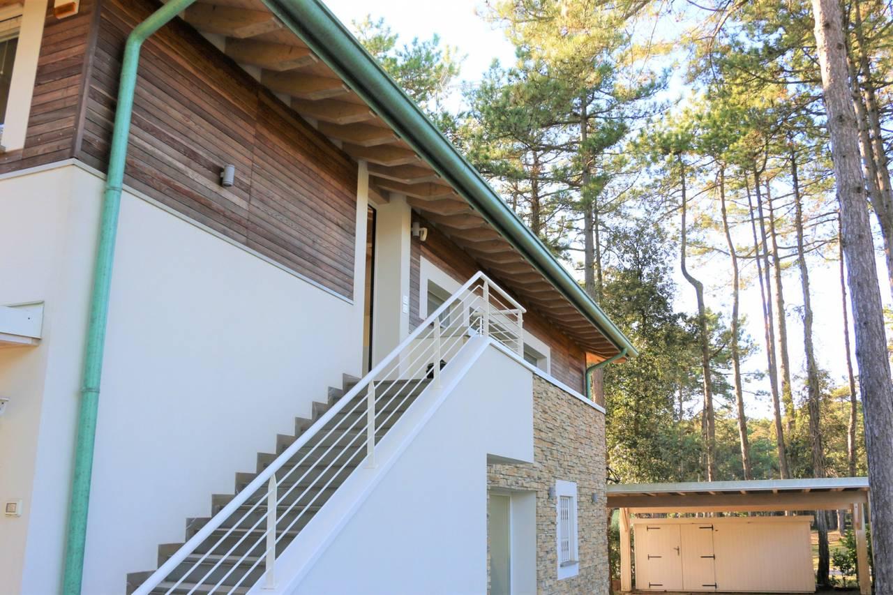 Villa-con-2-appartamenti-in-vendita-a-Bibione-4