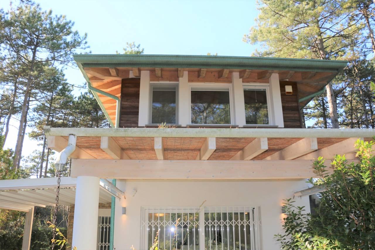 Villa-con-2-appartamenti-in-vendita-a-Bibione-8