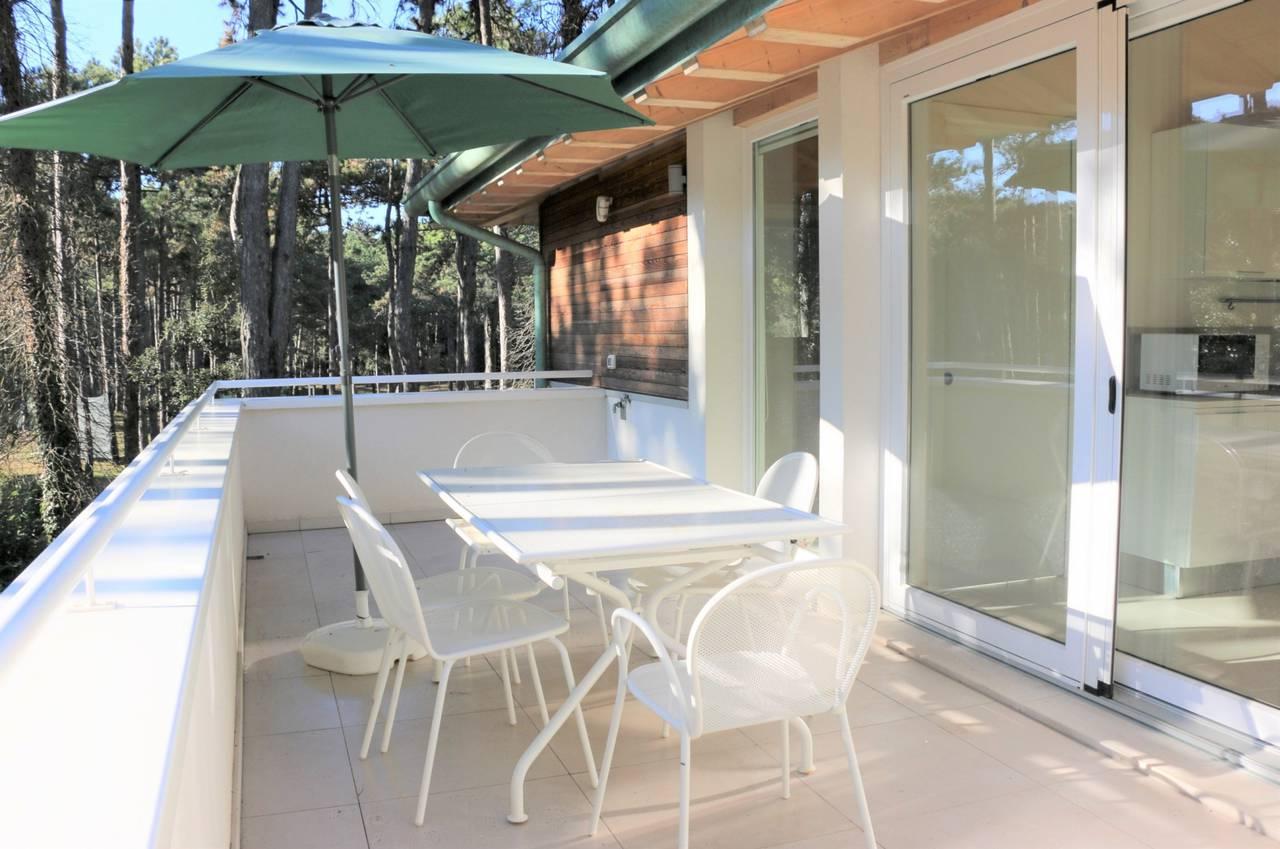 Villa-con-2-appartamenti-in-vendita-a-Bibione