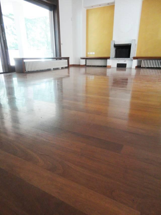 Villa-con-due-appartamenti-in-vendita-a-Cornate-d-Adda-10