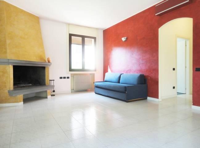 Villa-con-due-appartamenti-in-vendita-a-Cornate-d-Adda-11
