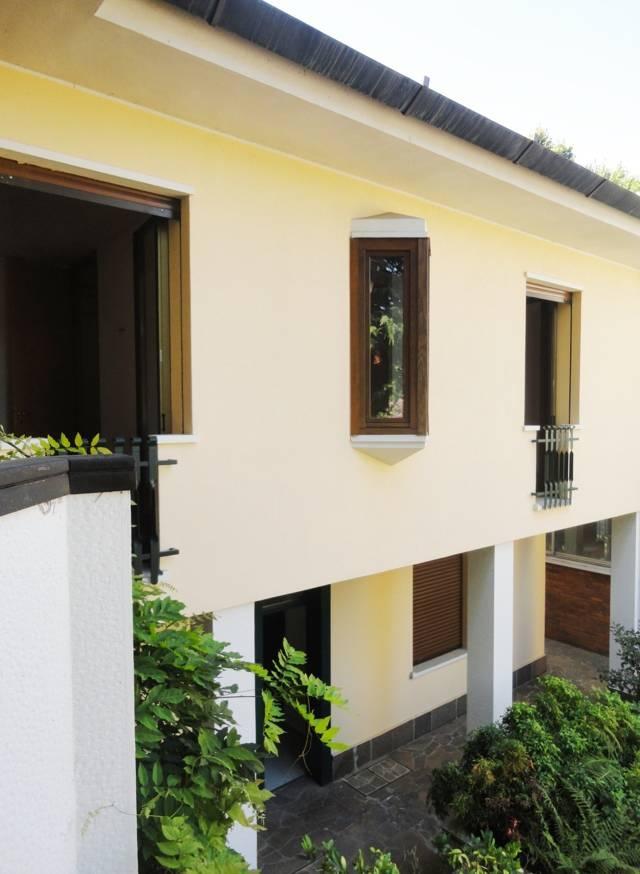 Villa-con-due-appartamenti-in-vendita-a-Cornate-d-Adda-15