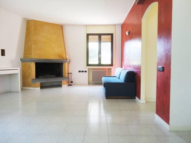 Villa-con-due-appartamenti-in-vendita-a-Cornate-d-Adda-8