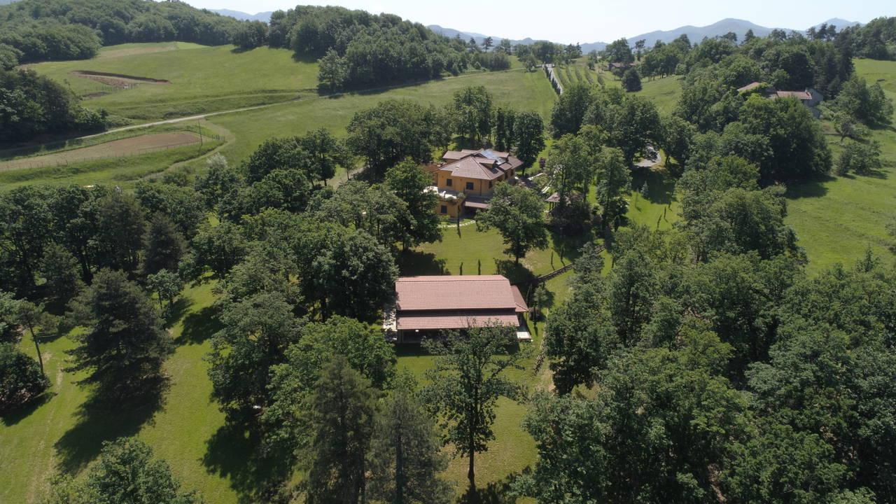 Villa-con-parco-in-vendita-a-Ovada-1