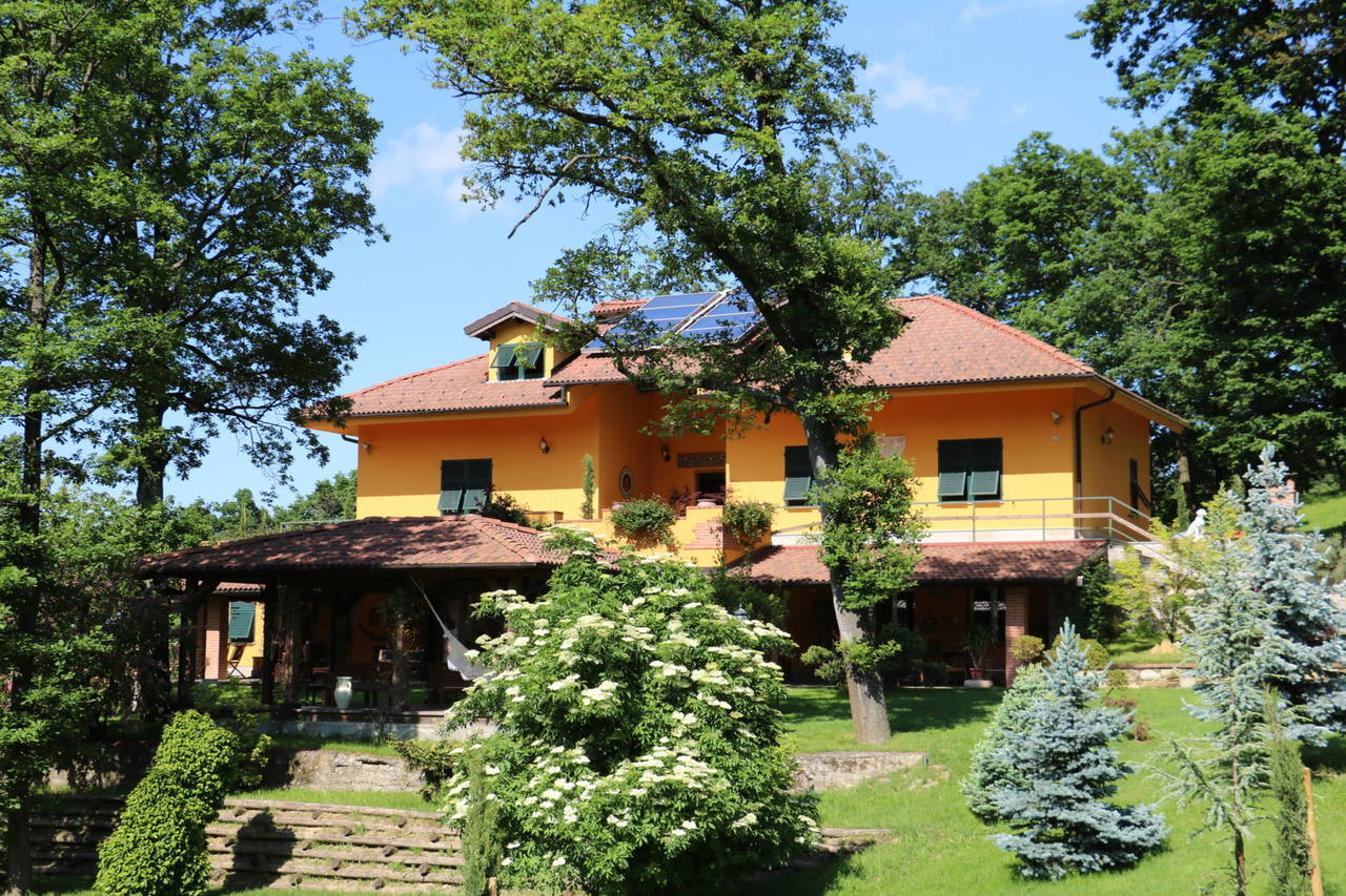 Villa-con-parco-in-vendita-a-Ovada-19