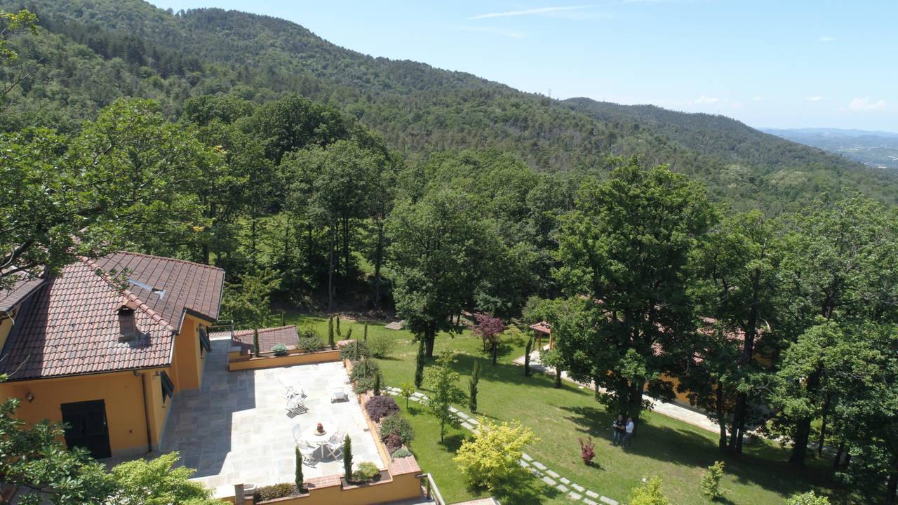Villa-con-parco-in-vendita-a-Ovada-21