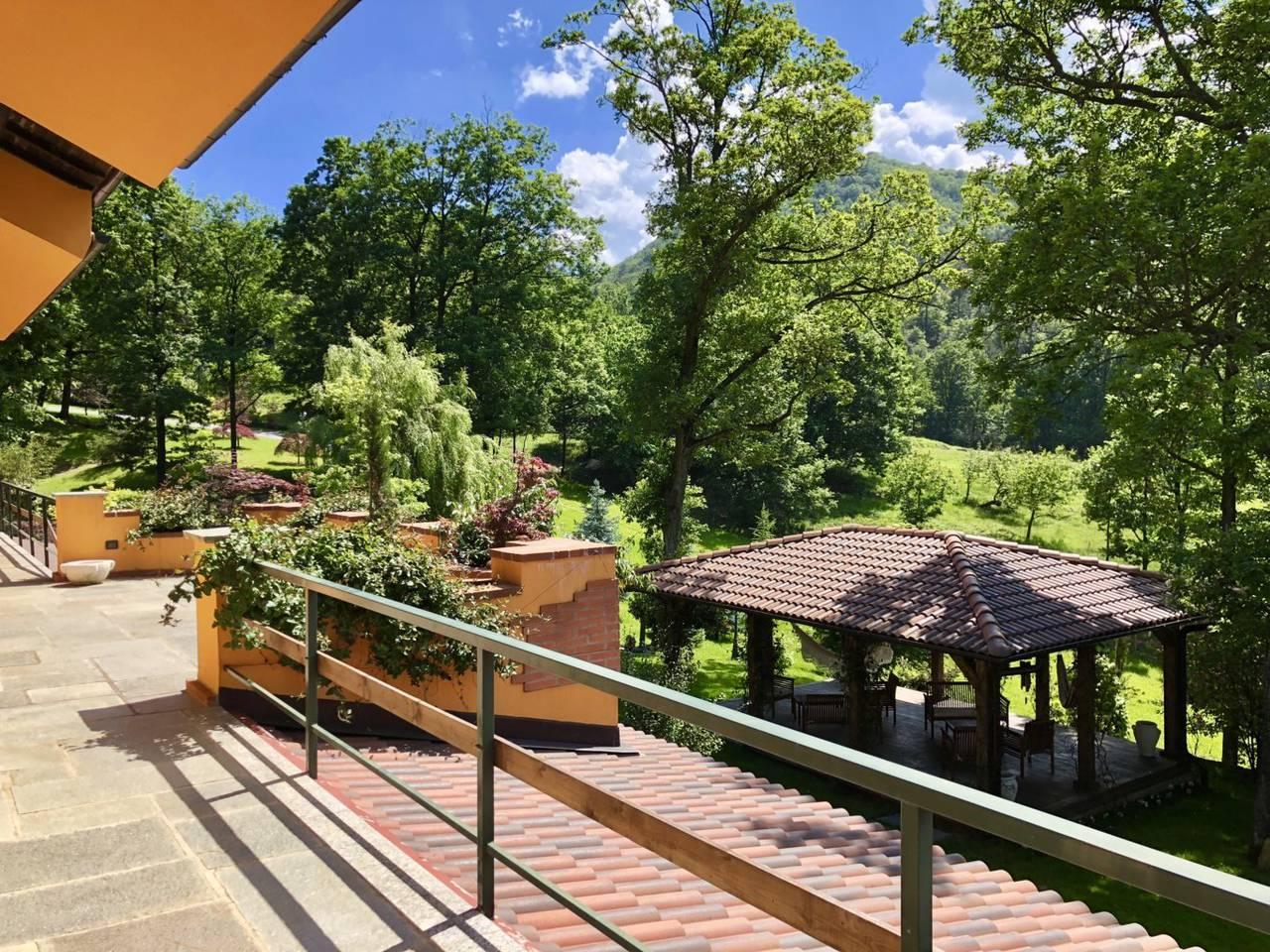 Villa-con-parco-in-vendita-a-Ovada-22