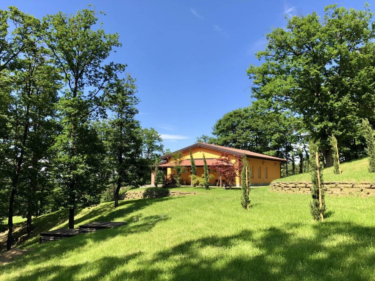 Villa-con-parco-in-vendita-a-Ovada-30