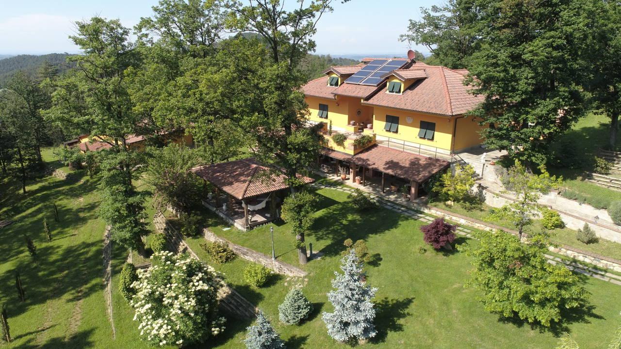 Villa-con-parco-in-vendita-a-Ovada-8