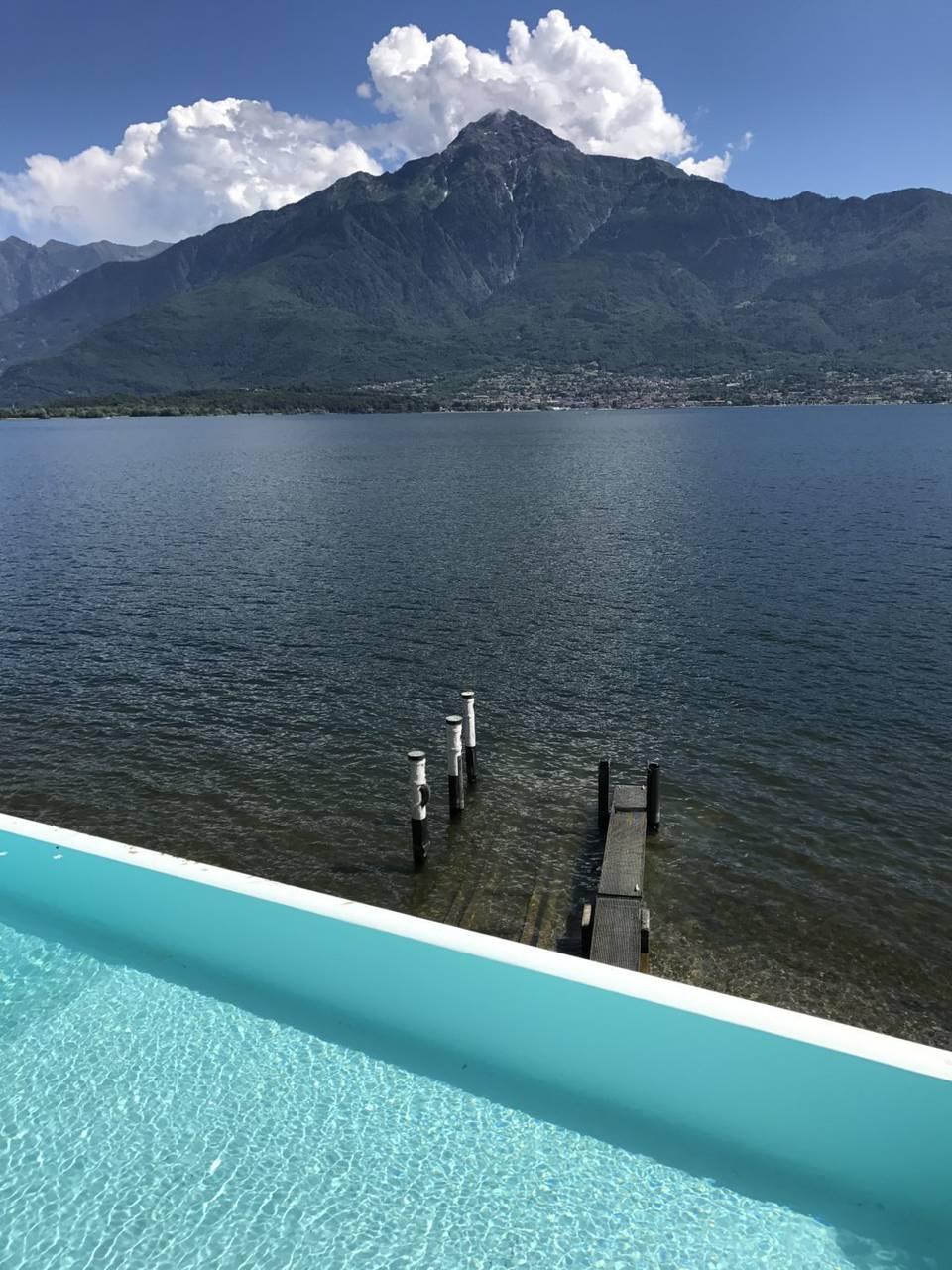 Villa-con-piscina-e-molo-sul-Lago-di-Como-in-vendita-a-Gera-Lario-16
