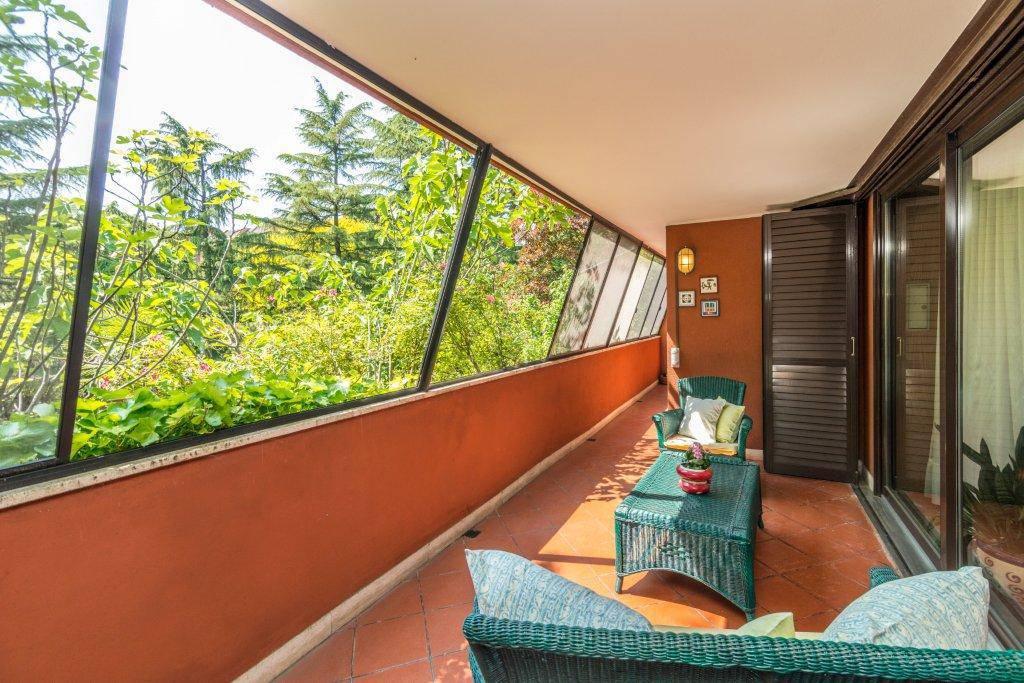 Villa-con-piscina-in-vendita-a-Basiglio-Milano-3-22