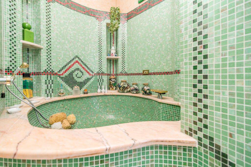 Villa-con-piscina-in-vendita-a-Basiglio-Milano-3-24