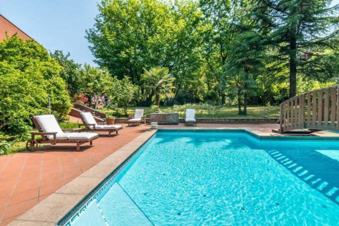 Piscina - Villa con piscina in vendita a Basiglio Milano 3 - Milano - 3