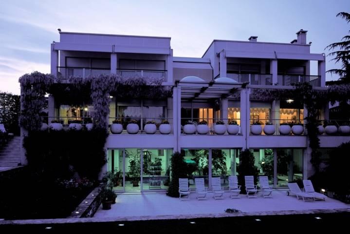 Villa-con-piscina-in-vendita-a-Cornate-d39Adda-16