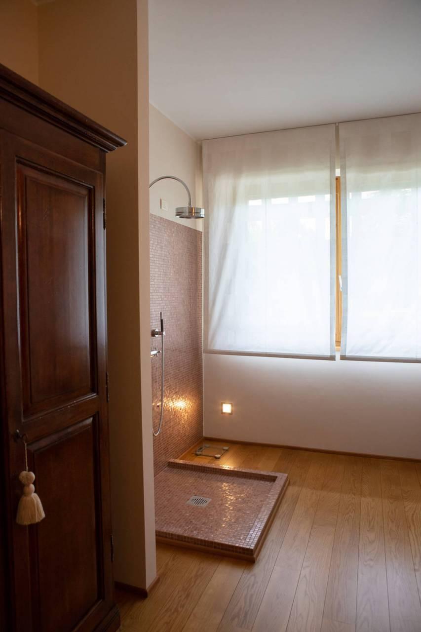 Villa-con-piscina-in-vendita-a-Lesmo-in-Brianza-31