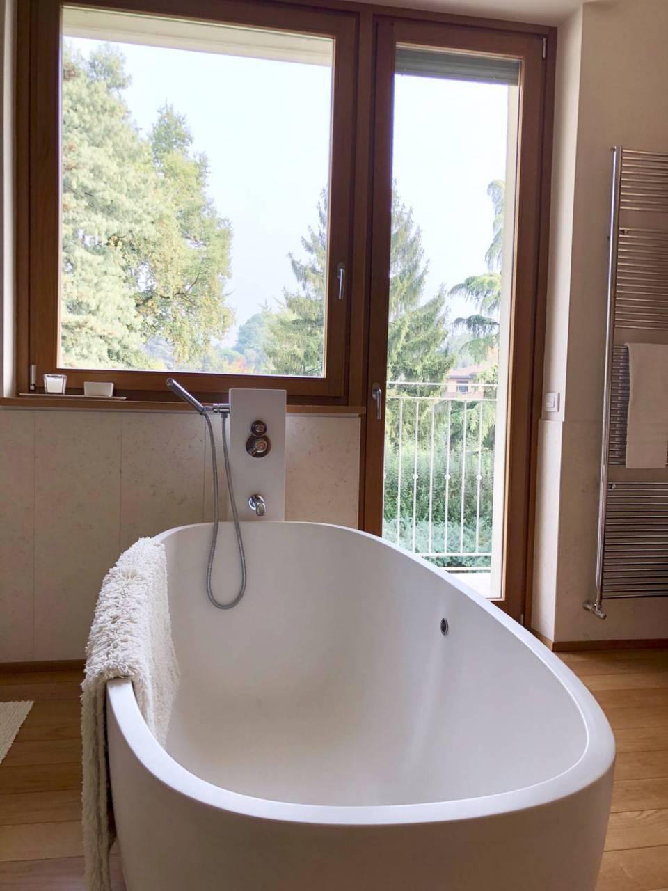Villa-con-piscina-in-vendita-a-Lesmo-in-Brianza-32