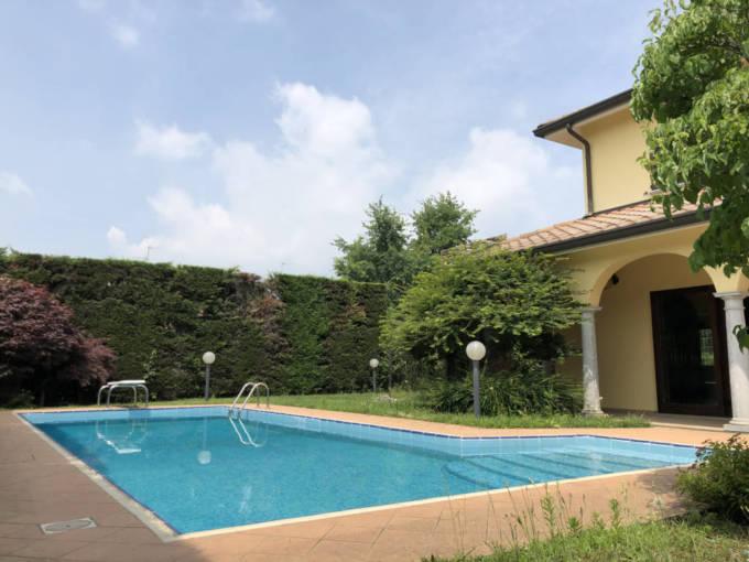 Piscina - Villa con piscina in vendita a Mezzago in Brianza - Monza Brianza - 3