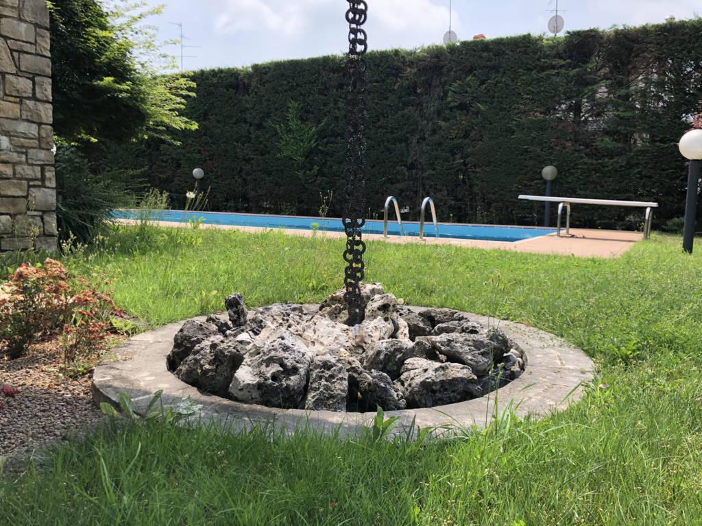 Villa-con-piscina-in-vendita-a-Mezzago-in-Brianza-8