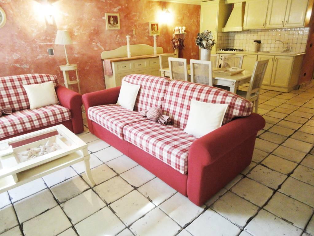 Villa-con-piscina-in-vendita-a-Roncello-15