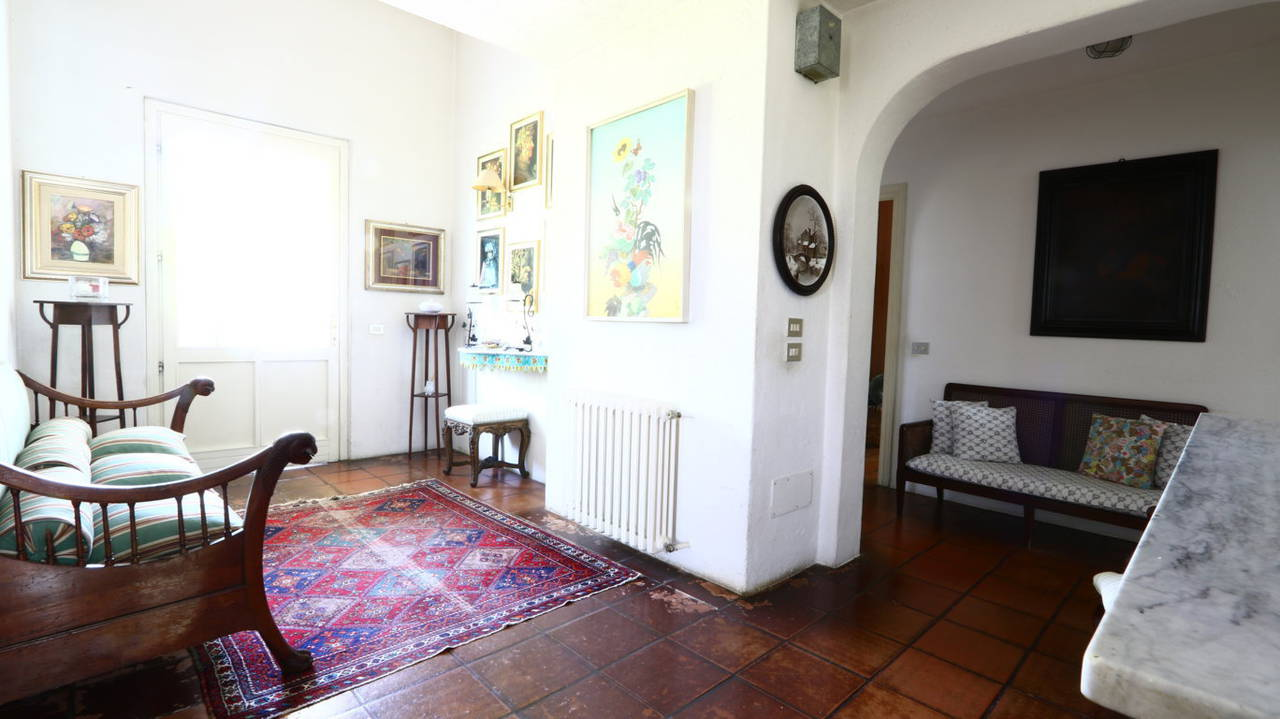 Villa-con-piscina-in-vendita-a-San-Colombano-Milano-14