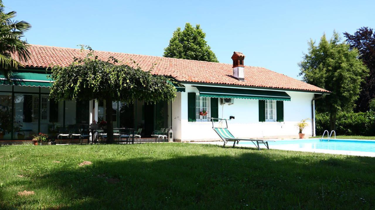 Villa-con-piscina-in-vendita-a-San-Colombano-Milano-18