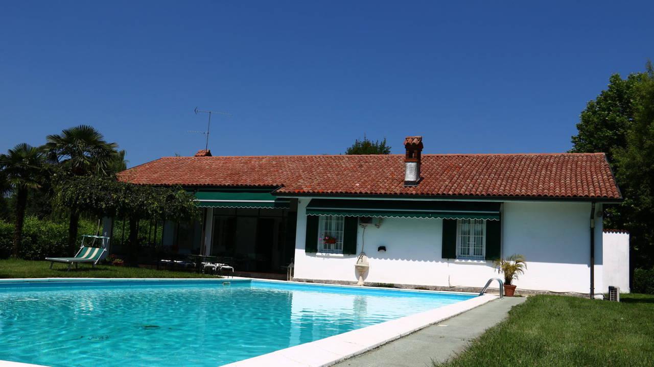 Villa-con-piscina-in-vendita-a-San-Colombano-Milano-20