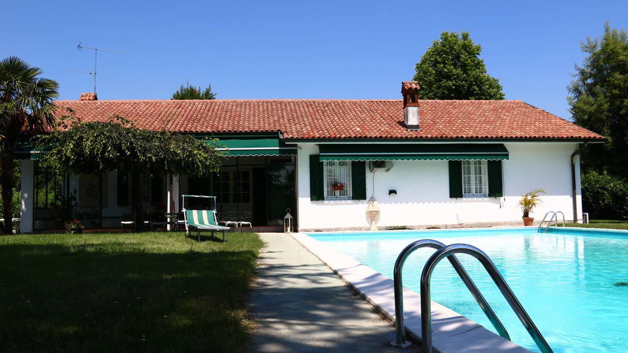 Villa-con-piscina-in-vendita-a-San-Colombano-Milano-23