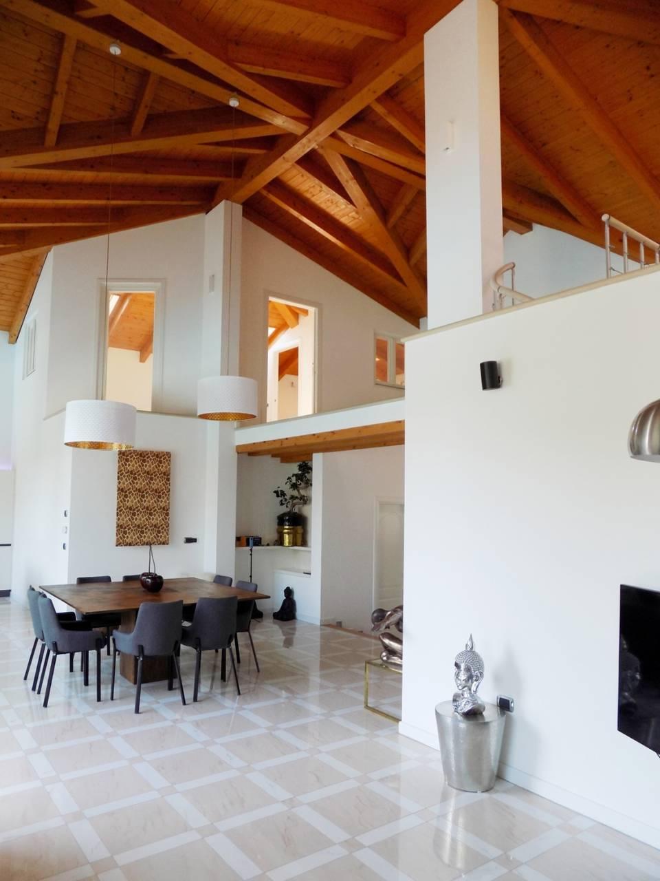 Villa-con-piscina-in-vendita-a-Trezzano-Rosa-10