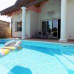 Villa con piscina in vendita a Trezzano Rosa