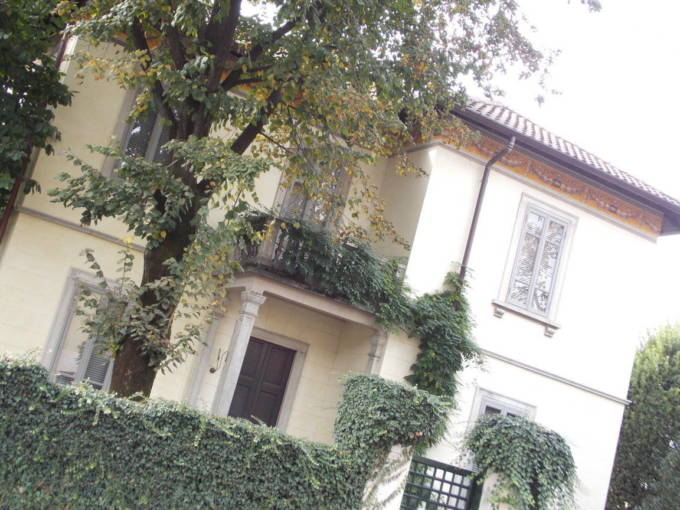 Villa-d-epoca-in-vendita-a-Cavenago-di-Brianza