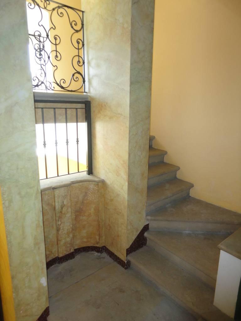 Villa-d39epoca-di-pregio-a-Missaglia-10
