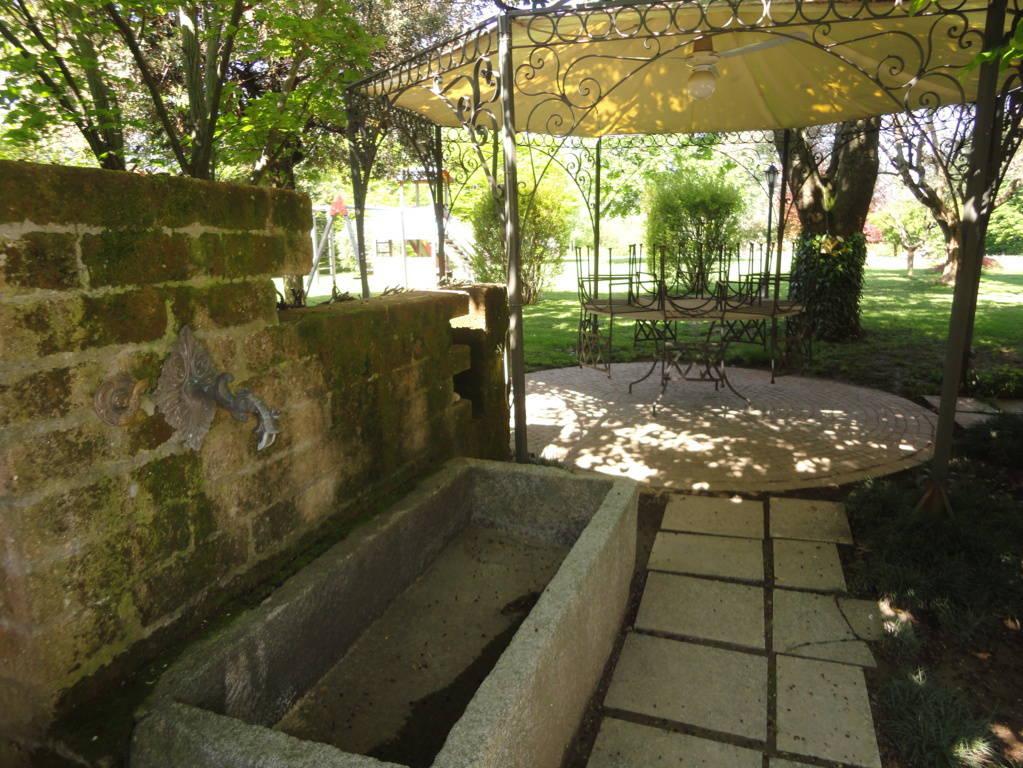 Villa-d39epoca-di-pregio-a-Missaglia-21