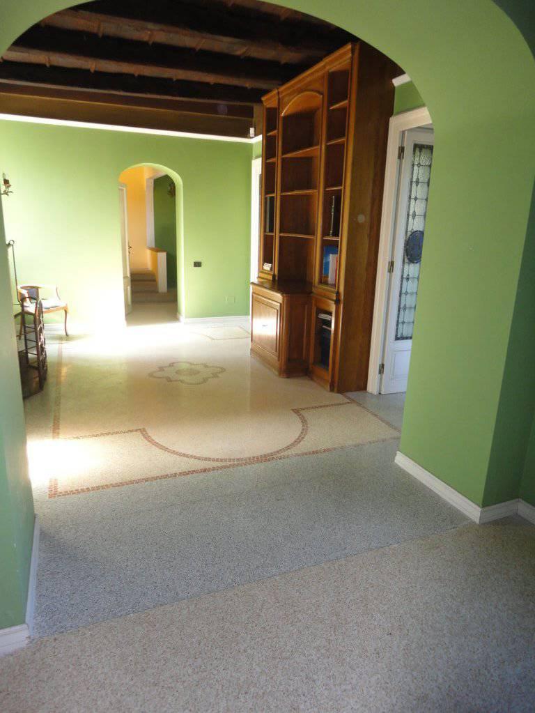 Villa-d39epoca-di-pregio-a-Missaglia-5