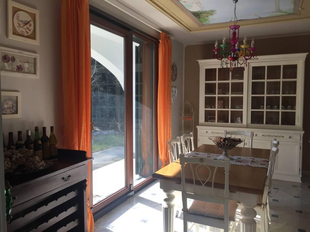 Villa-di-lusso-in-vendita-a-Casatenovo-in-Brianza-4