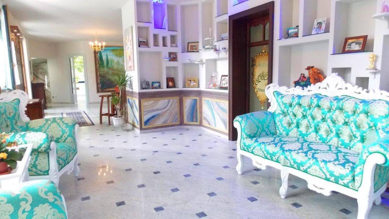 Villa-di-lusso-in-vendita-a-Casatenovo-in-Brianza-6
