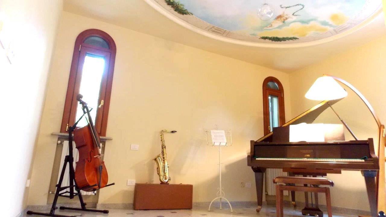 Villa-di-lusso-in-vendita-a-Casatenovo-in-Brianza-7