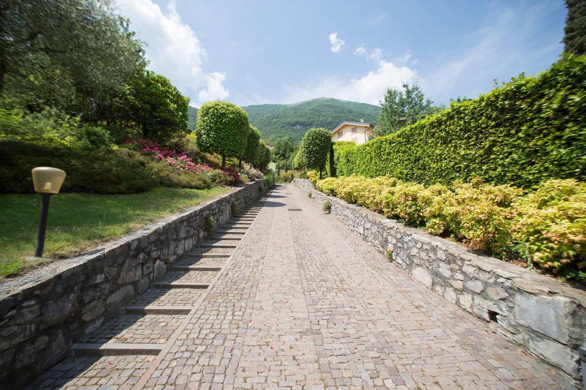 Villa-di-lusso-sul-Lago-di-Como-in-vendita-a-Mezzegra-15