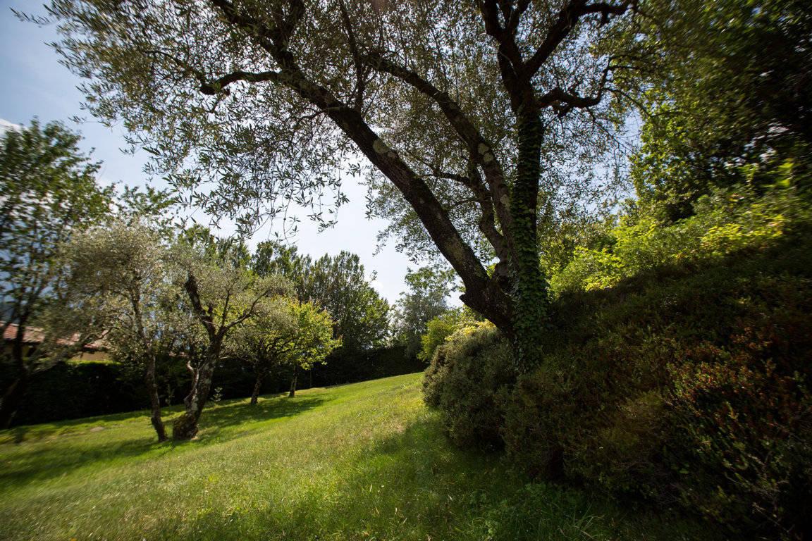 Villa-di-lusso-sul-Lago-di-Como-in-vendita-a-Mezzegra-16