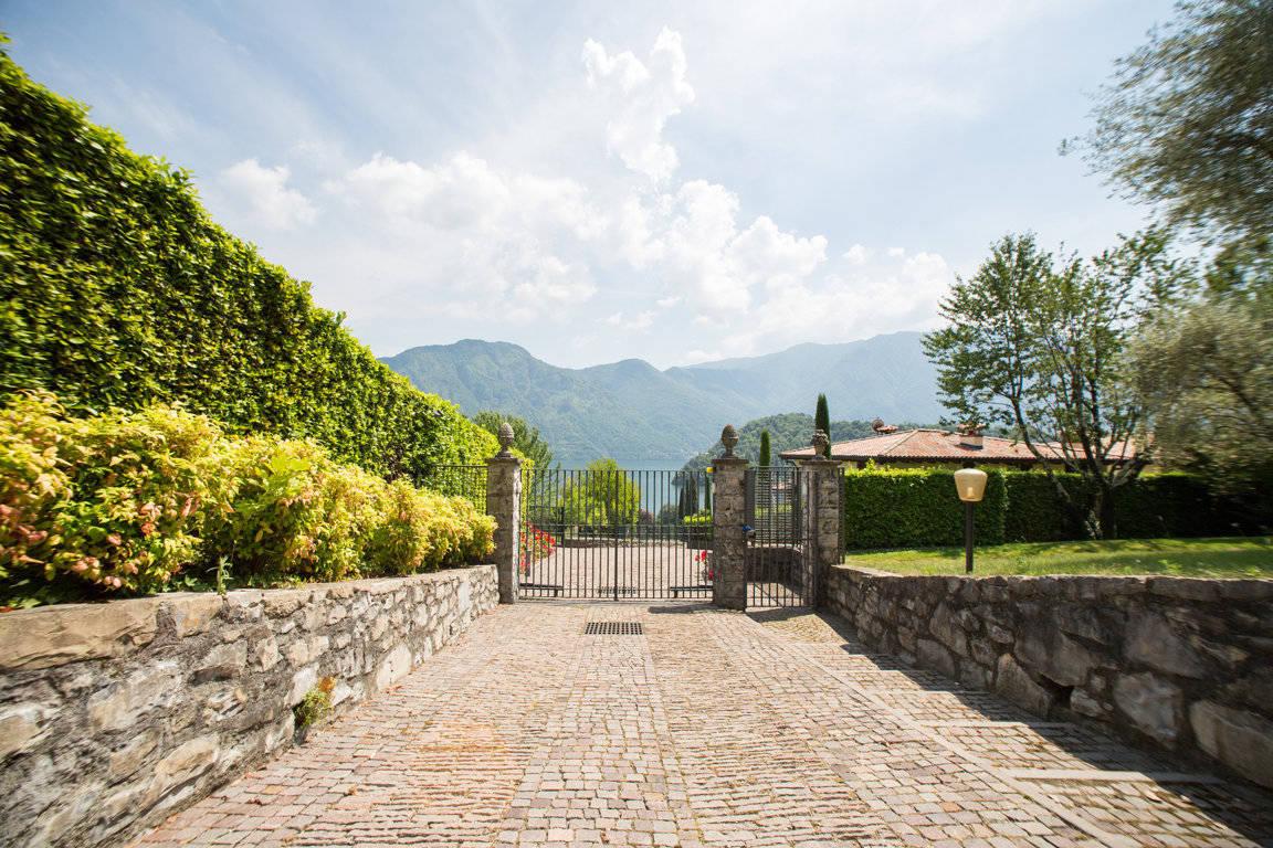 Villa-di-lusso-sul-Lago-di-Como-in-vendita-a-Mezzegra-20