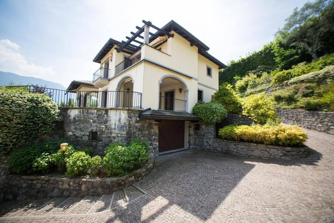 Villa-di-lusso-sul-Lago-di-Como-in-vendita-a-Mezzegra-21