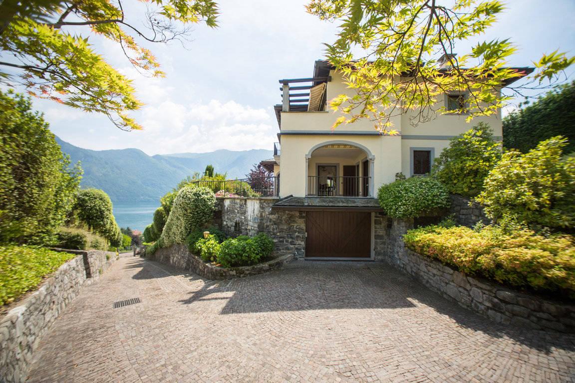 Villa-di-lusso-sul-Lago-di-Como-in-vendita-a-Mezzegra-22