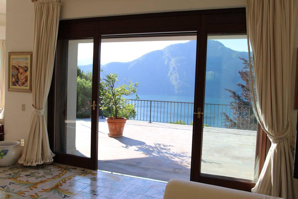 Villa-di-lusso-sul-Lago-di-Como-in-vendita-a-Mezzegra-26