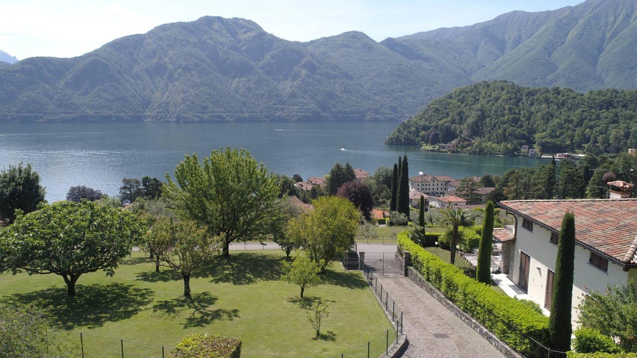 Villa-di-lusso-sul-Lago-di-Como-in-vendita-a-Mezzegra-3