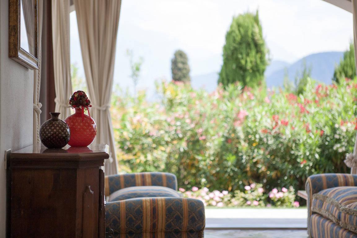 Villa-di-lusso-sul-Lago-di-Como-in-vendita-a-Mezzegra-5