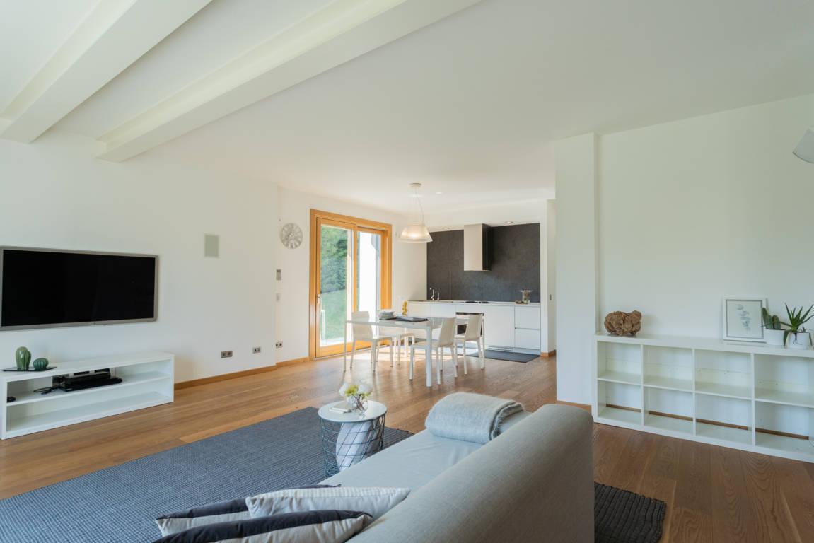 Villa-di-pregio-in-vendita-a-Merate-13
