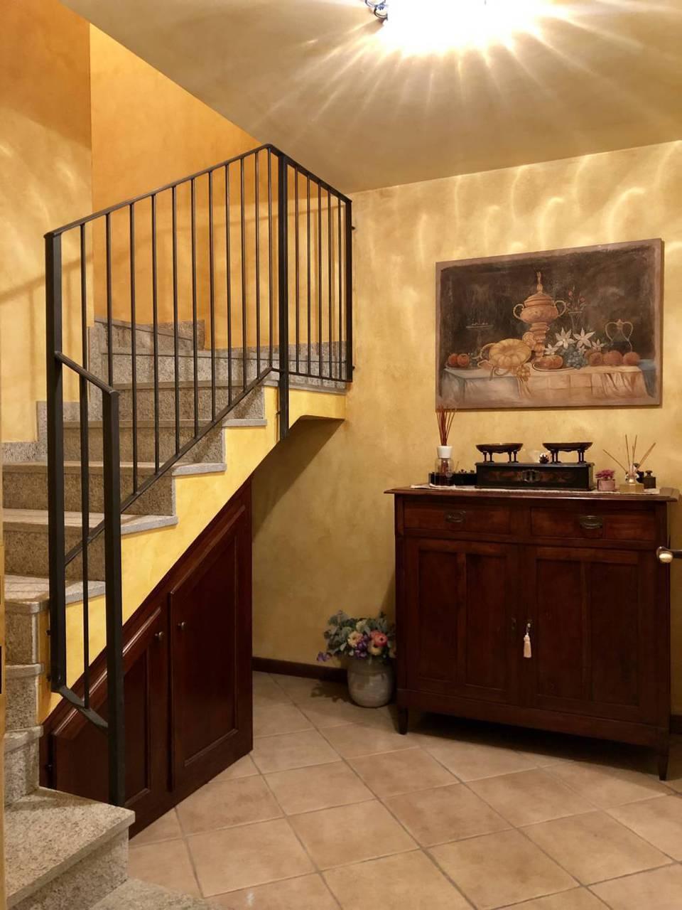 Villa-di-testa-Sulbiate-in-vendita-17