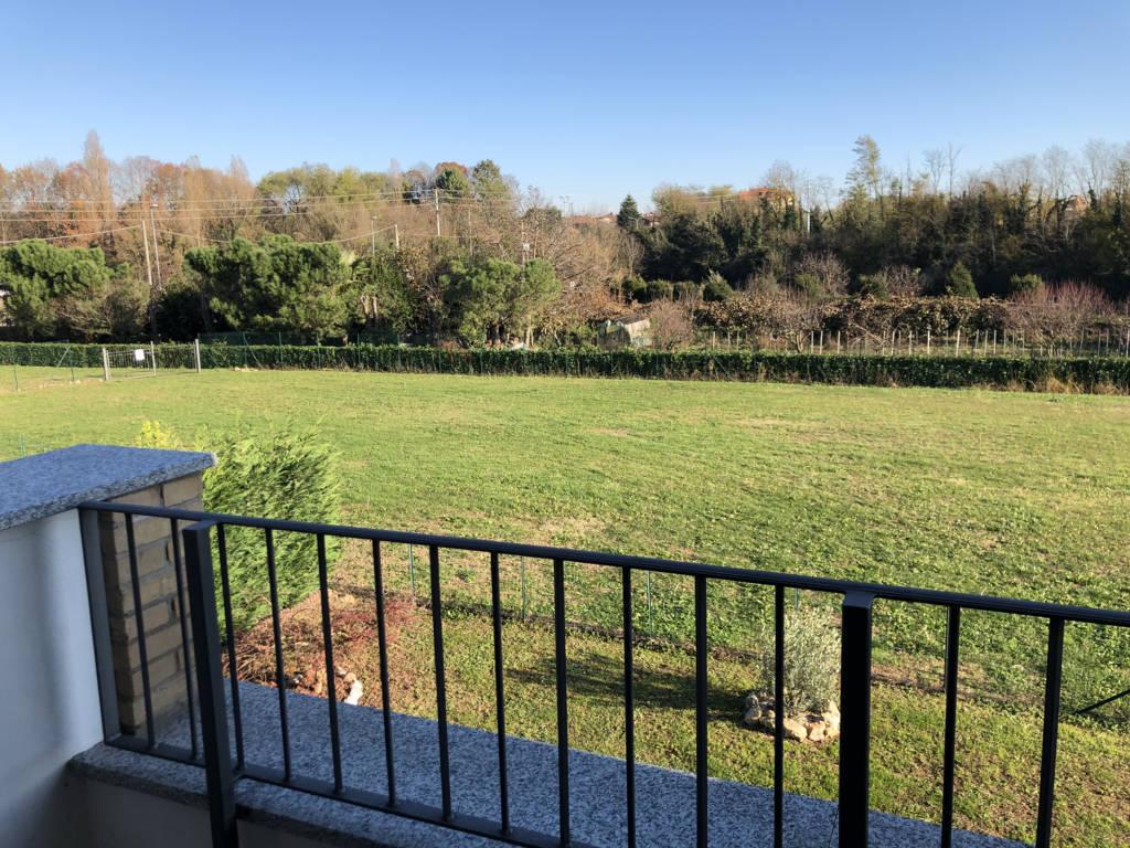 Villa-di-testa-in-vendita-a-Sulbiate-giardino-1.660-mq-23
