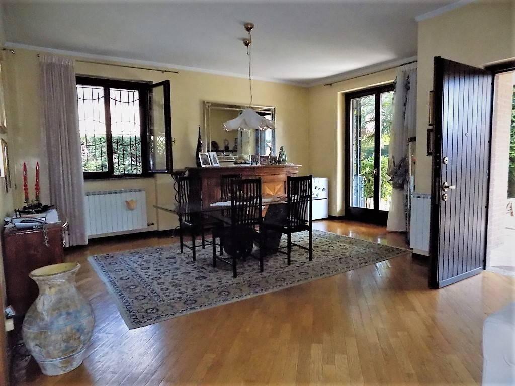 Villa-in-vendita-a-Arcore-in-Brianza-11